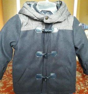 Новое, стильное детское пальто