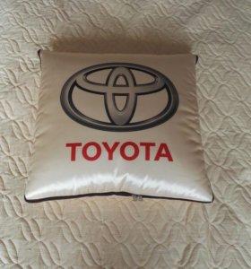 Одеяло-подушка для автомобиля