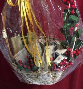 Подарочные букеты, корзины из чая и кофе