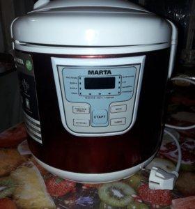 Мультиварка MARTA.