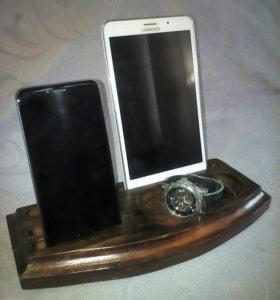 Органайзер для гаджетов; подставка для смартфона