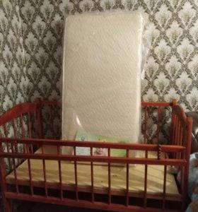 Кроватка с матрасом новая