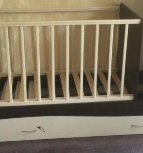 Детская кровать(трансформируется)