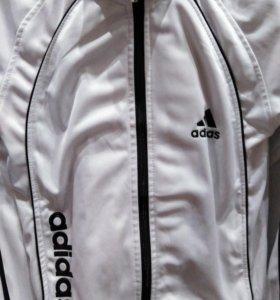 """Спортивный костюм """"Adidas""""."""