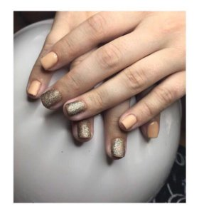 Наращивание ногтей,покрытие шеллак