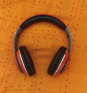 Beats Studio Blue Tooth TM-010