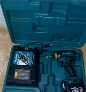Продам аккумуляторный инструмент Makita