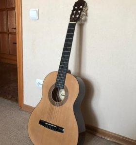 Акустическая гитара hohner HC03 3/4 для начинающих