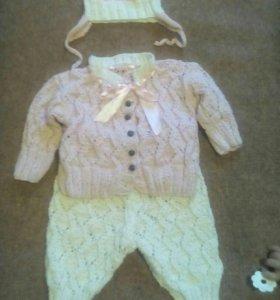 Вязанный костюм для девочки