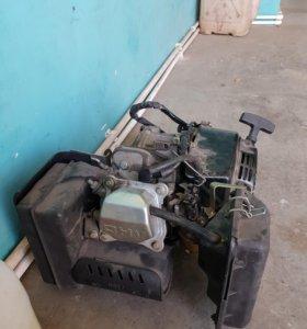 Двигатель 4х тактный