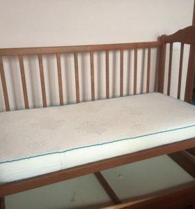 Кроватка с матрацам. Срочно