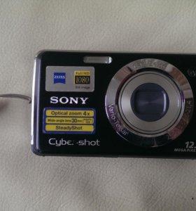 Фотоаппарат Sony Cyber-shot DSC-W210
