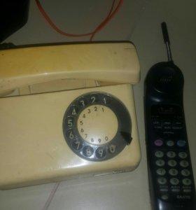 Отдам 2 телефона