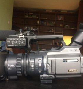 Видеокамера Sony DSR-PD170P