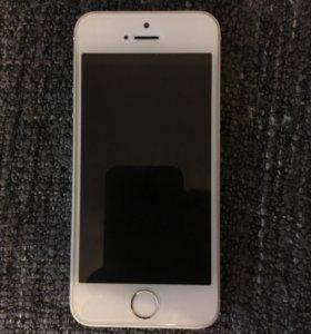 Продаю Айфон 5s silver 16 Gb