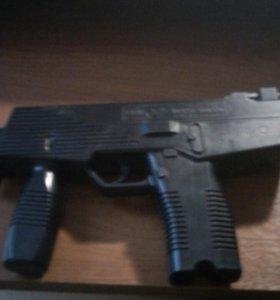 Пистолет с абоймой игрушка
