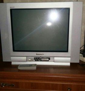 Телевизор Panasonic в идеальном состоянии