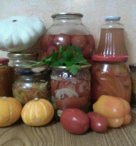 Заготовки домашние и яблоки из своего сада