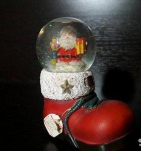 Снежный шар с блестками