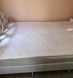Кровать c марацом