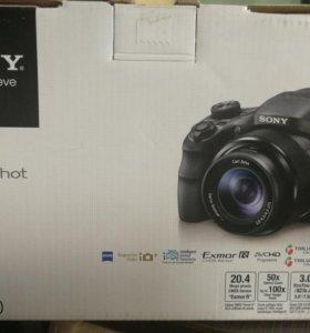 Компактный фотоаппарат