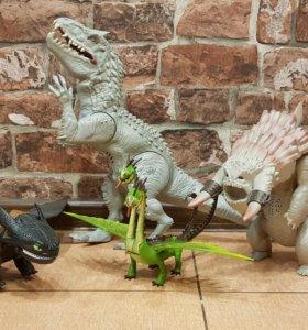 Динозавр и драконы из мультфильма