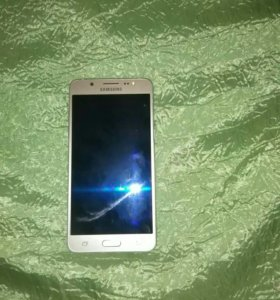 Продам телефон Samsung galaxy j5 (2016)