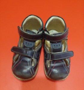 Ортопедические сандалии Dr. Mimy