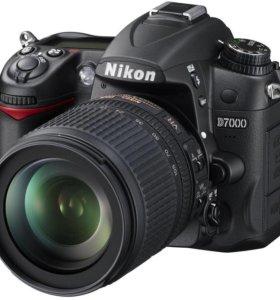 Фотоаппарат HIikon D 7000