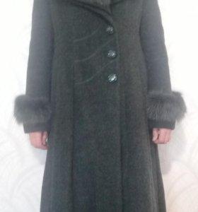 Продам пальто дешево