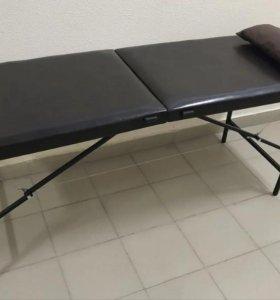 Массажная кушетка коричневая. Массажный стол