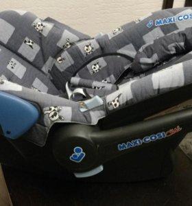 Детское кресло Maxi Cosi