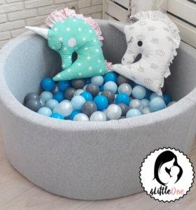 Серый сухой бассейн для детей с шариками