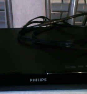 DVD/CD  ВИДЕОМАГНИТАФОН Philips с пультом
