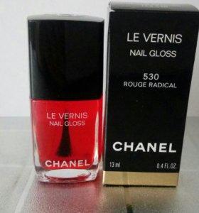 Chanel le vernis 530 rouge radical