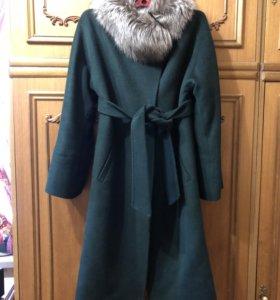 Пальто!!!! В подарок отдаю короткую куртку!!!!!