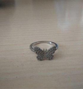 Кольцо серебряное,размер 18,5
