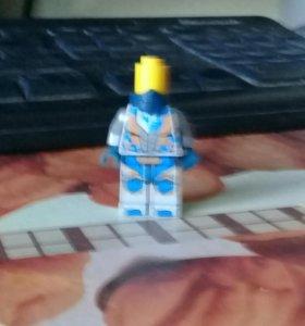 лего человечик