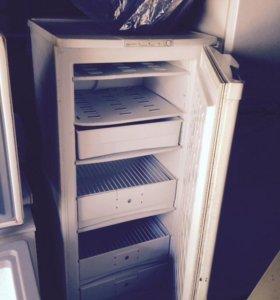Холодильники большие б/у