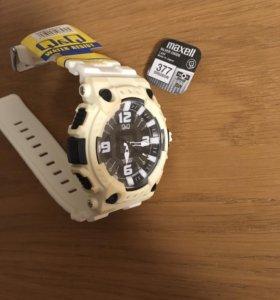 Совершенно новые часы Q&Q