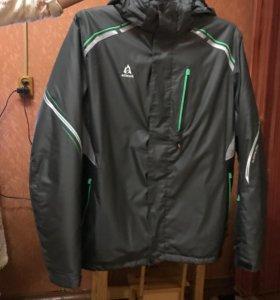 Куртка новая спорт, очень  тёплая р. 52-54