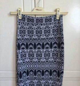 Пакет вещей: юбка, футболка, поло, майка