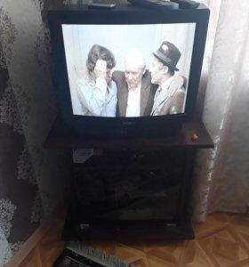 Телевизор сони вместе с приставкой 20 каналов