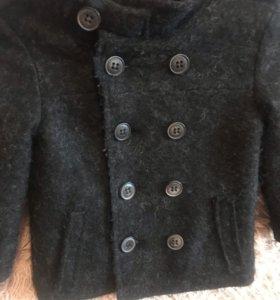 Детское пальто на 90 мс