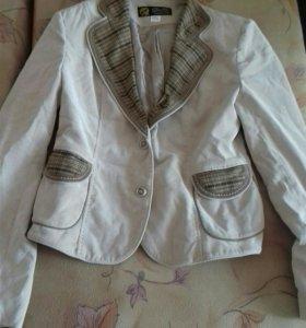 спор.костюм и пиджак