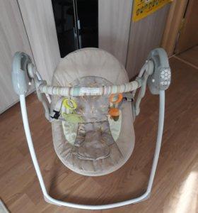 Детская электрокачель Babycare.
