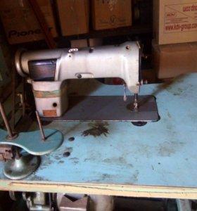 Машинка швейная производственная