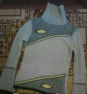 Кофта свитер в отличном состоянии