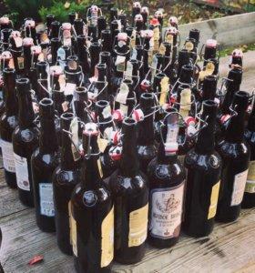 Пустые бутылки из под пива «Афанасий»