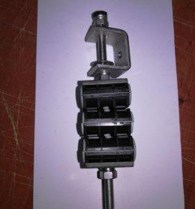 Держатель кабеля со струбциной